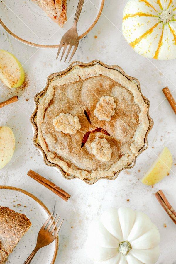 apple pie still life