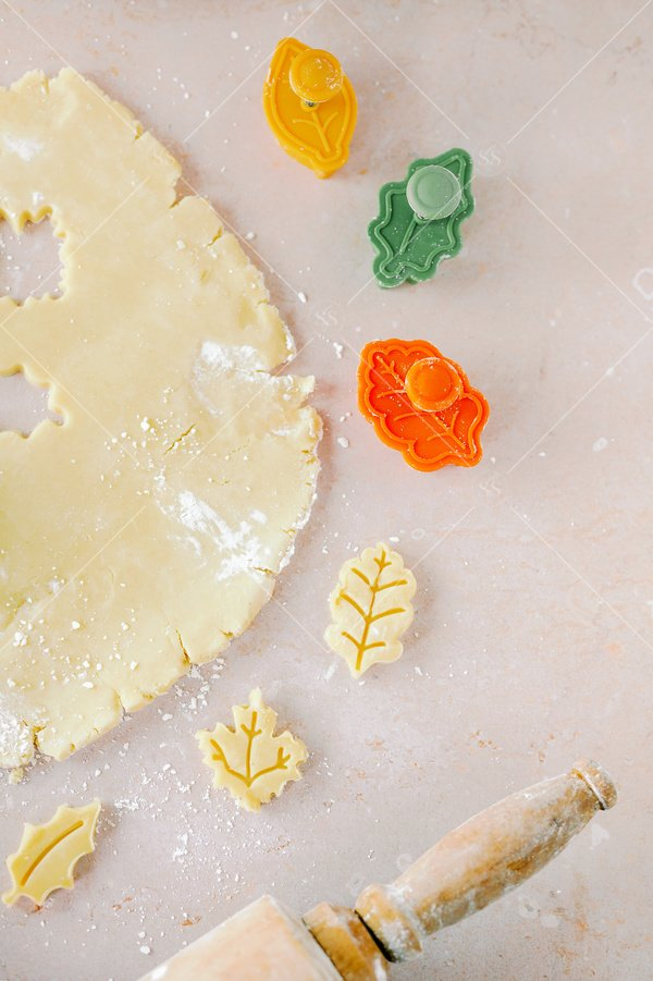 fall cookie cutting